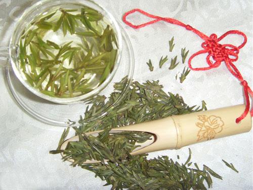 古树红茶  韵香型铁观音  西湖龙井  白茶  盛世香茗  白莲金针  苏